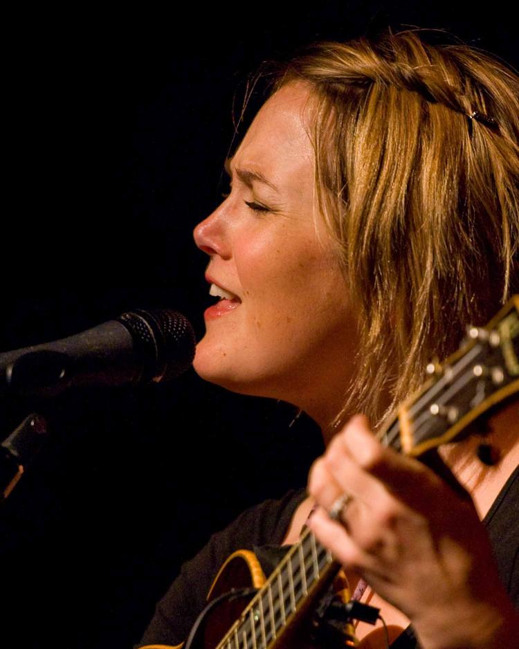 Sara Watkins 9