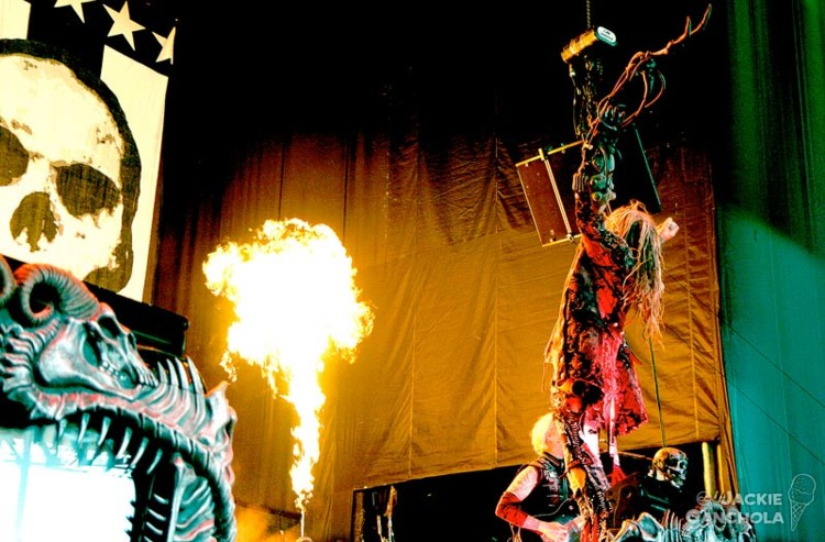 6Rob-Zombie_Mayhem-Festival_Washington_July13_Canchola05