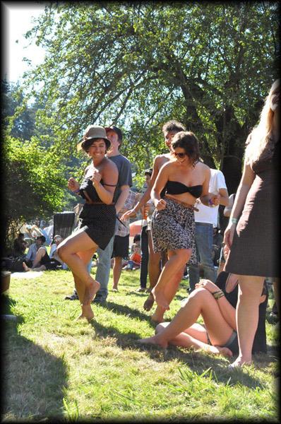 dancers1_sm