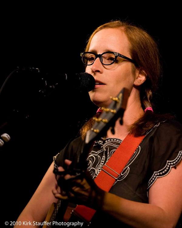 Bumbershoot 2010 - Laura Veirs 2