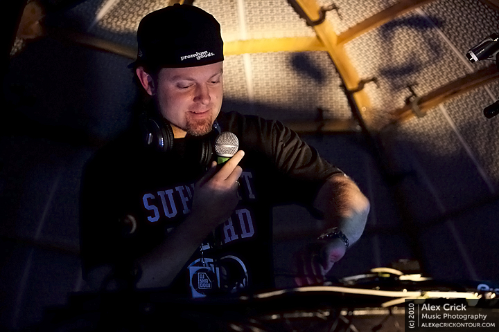 DJ Shadow 04