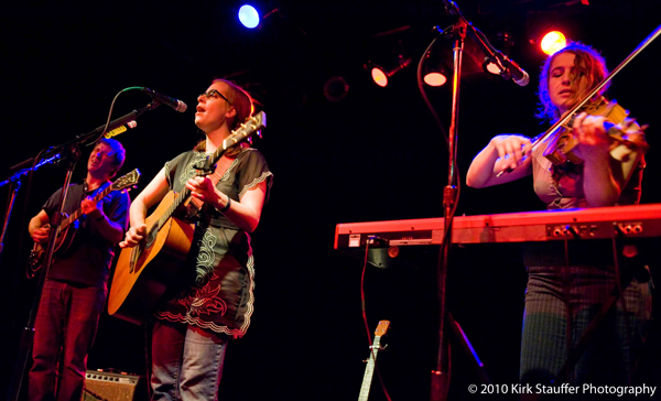 Laura Veirs 8