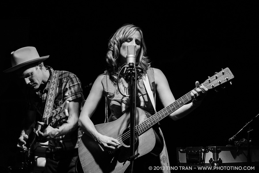 02 - Whitehorse - Tractor Tavern - 050113