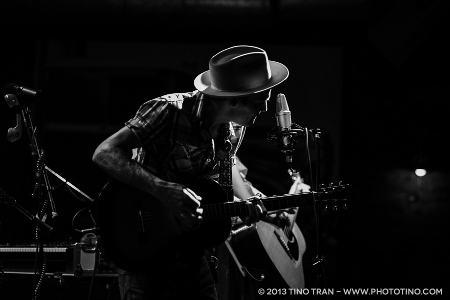 04 - Whitehorse - Tractor Tavern - 050113