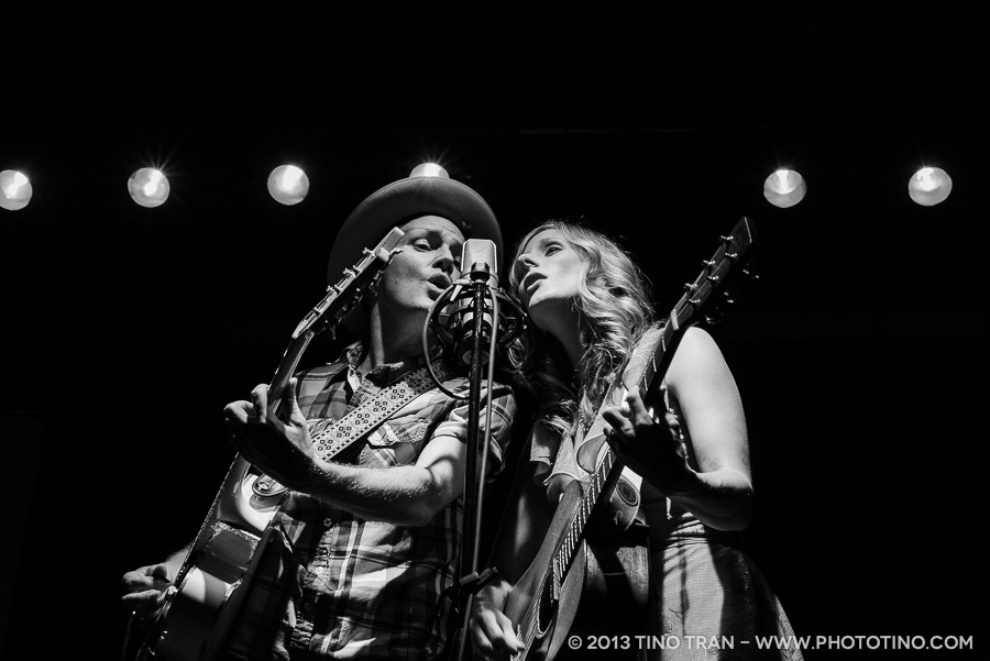 09 - Whitehorse - Tractor Tavern - 050113