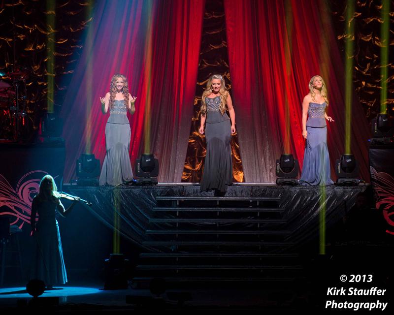CelticWoman-Kirk-1