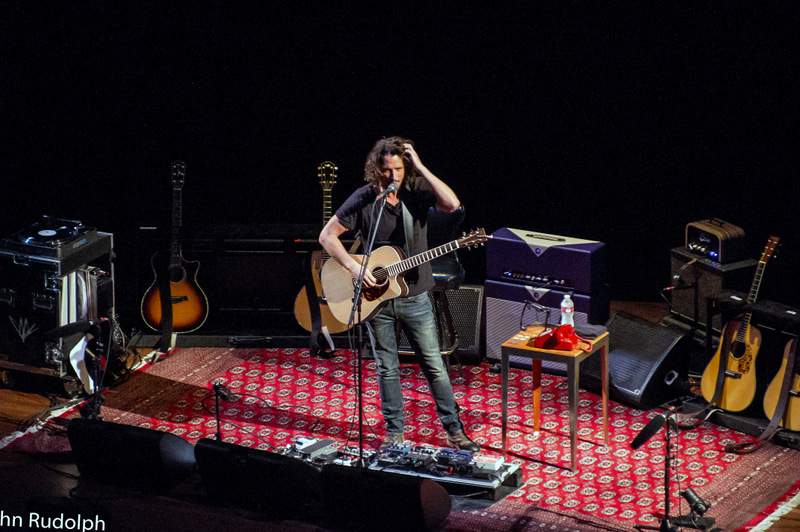 Chris Cornell Stage Guitar Scatching Head (1 of 1)