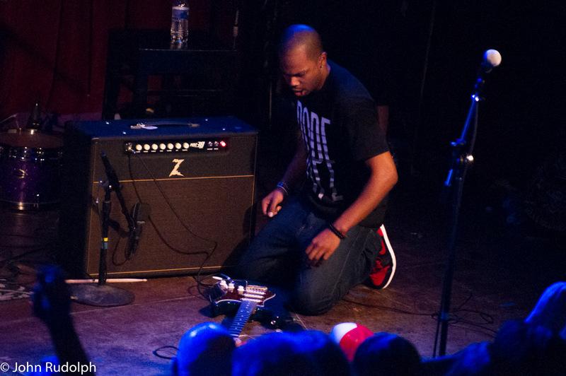 Ayron Jones Beating His Guitar2 (1 of 1)