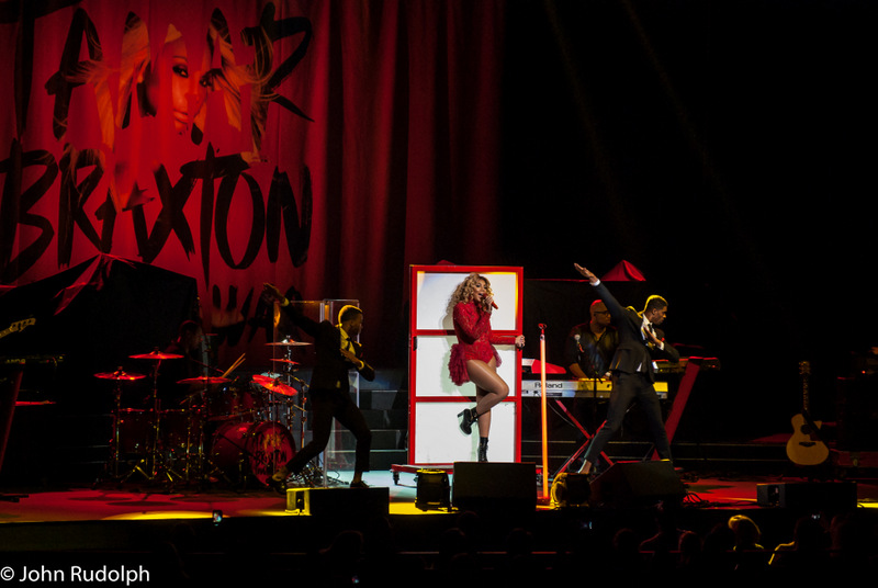 Tamar Braxton and Dancers (1 of 1)