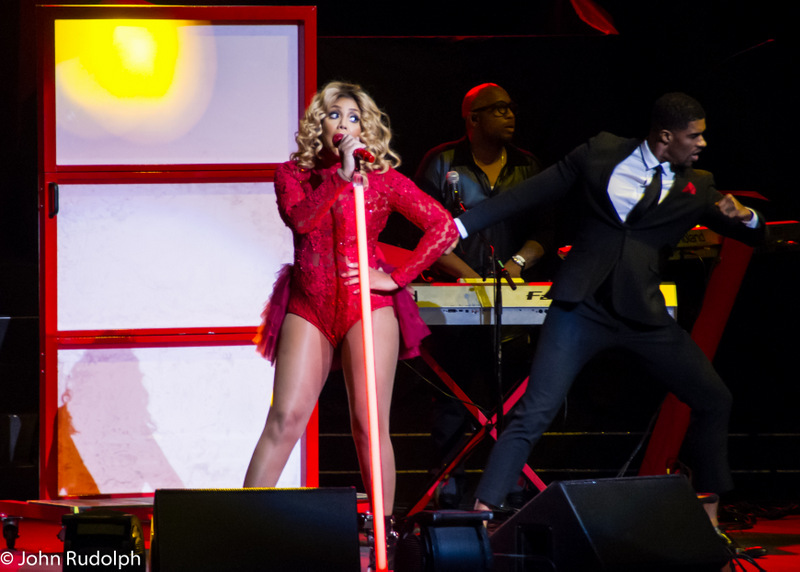 Tamera Braxton and 1 Dancer (1 of 1)