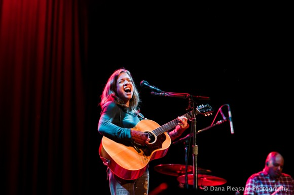 Ani Difranco by Dana Pleasant Photography-10