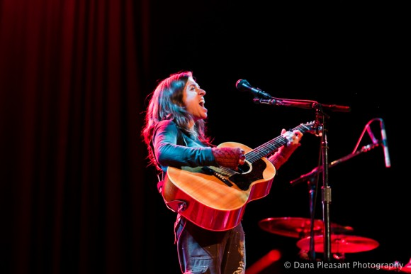 Ani Difranco by Dana Pleasant Photography-9
