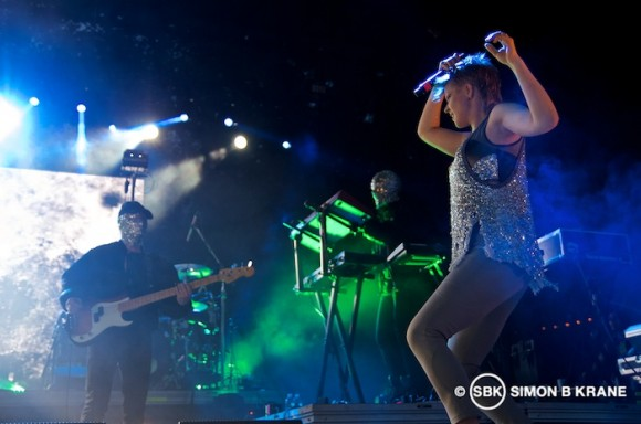 Robyn + Röyksopp performing at Marymoor Park, Redmond WA. 26.06.2014