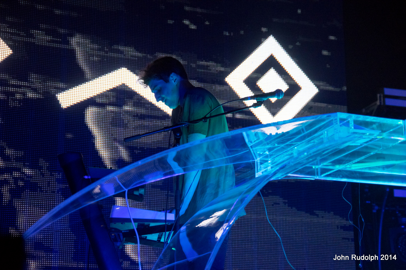 Porter Robinson (1 of 1)-27