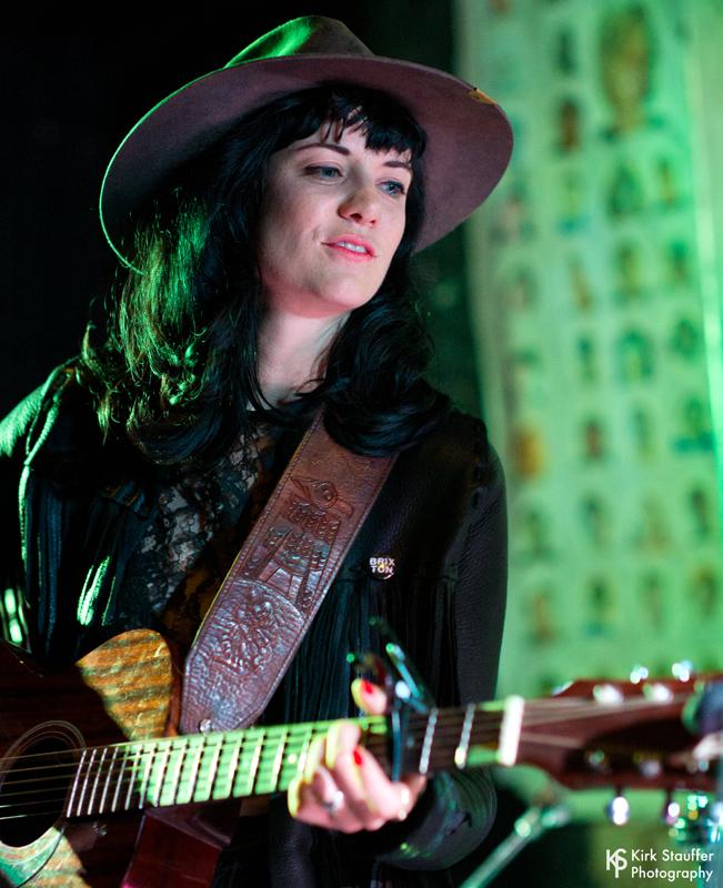 16 Nikki Lane