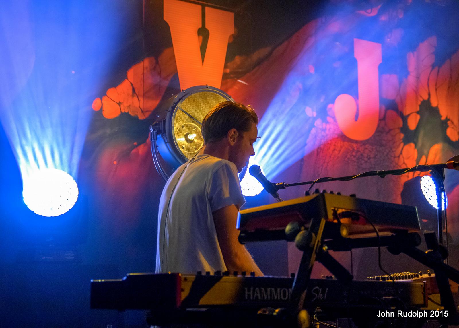 Vance Joy (1 of 1)-6