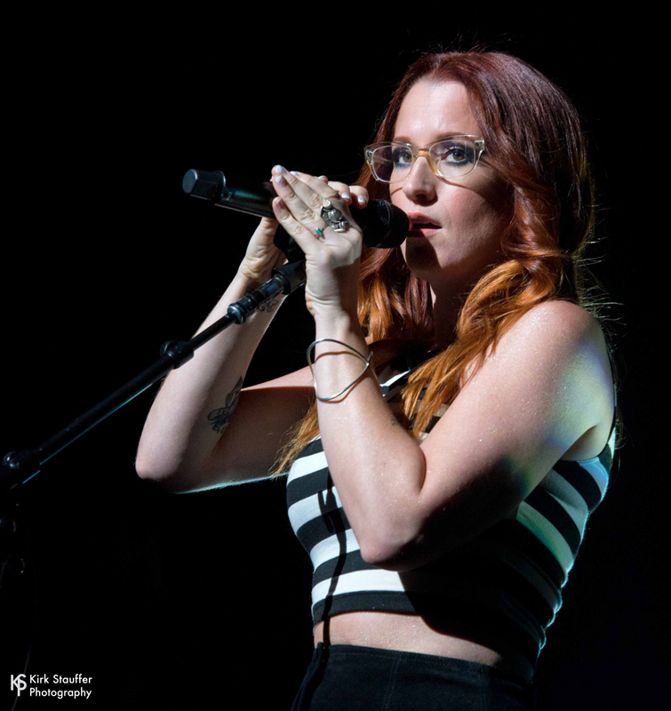 IngridMichaelson_2015_11