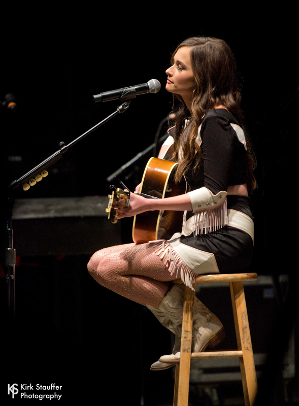 KaceyMusgraves_day1_4