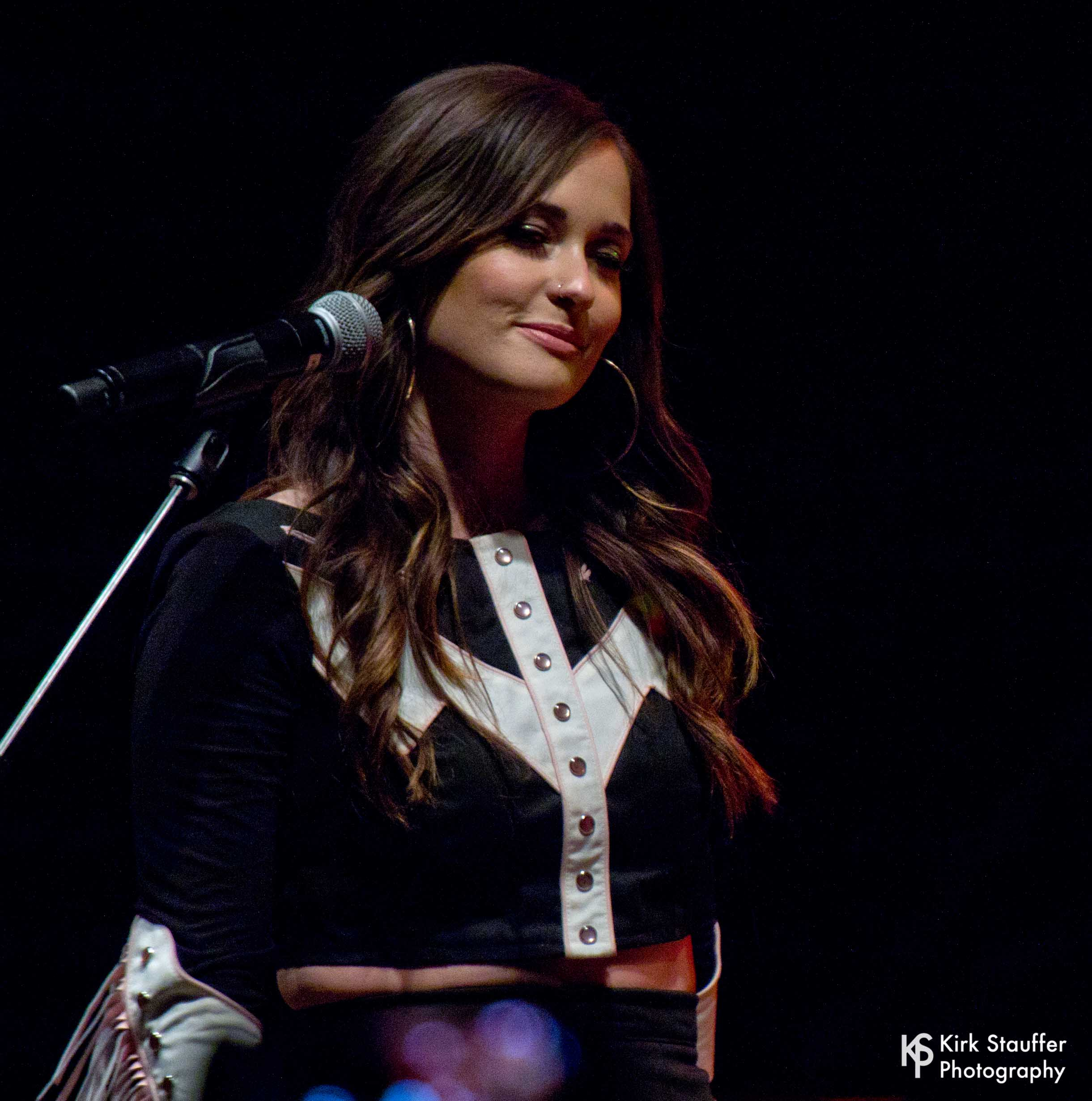 KaceyMusgraves_day1_9