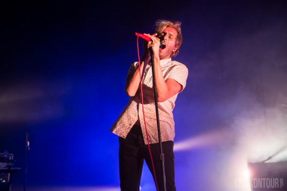 20151027_AWOLNATION-at-ParamountTheatre_02