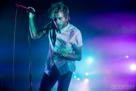 20151027_AWOLNATION-at-ParamountTheatre_08