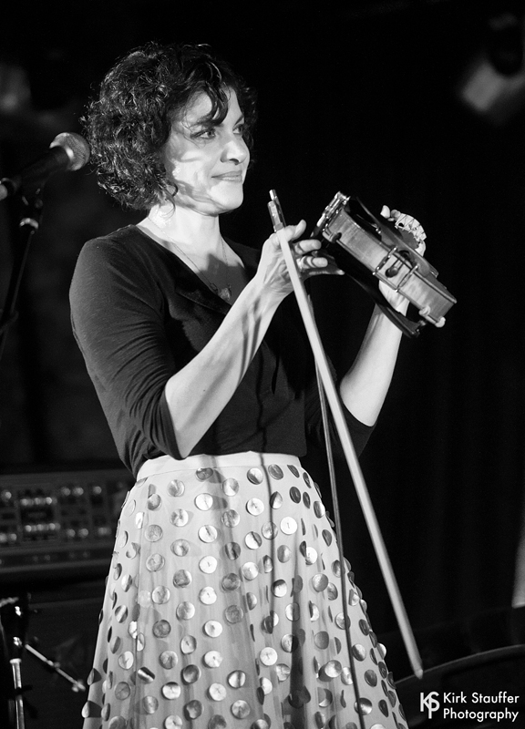 24 Carrie Rodriguez @ The Magestic