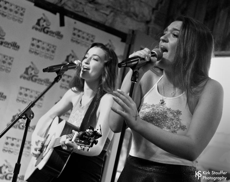 41 Mary and Brianna @ San Jac Saloon