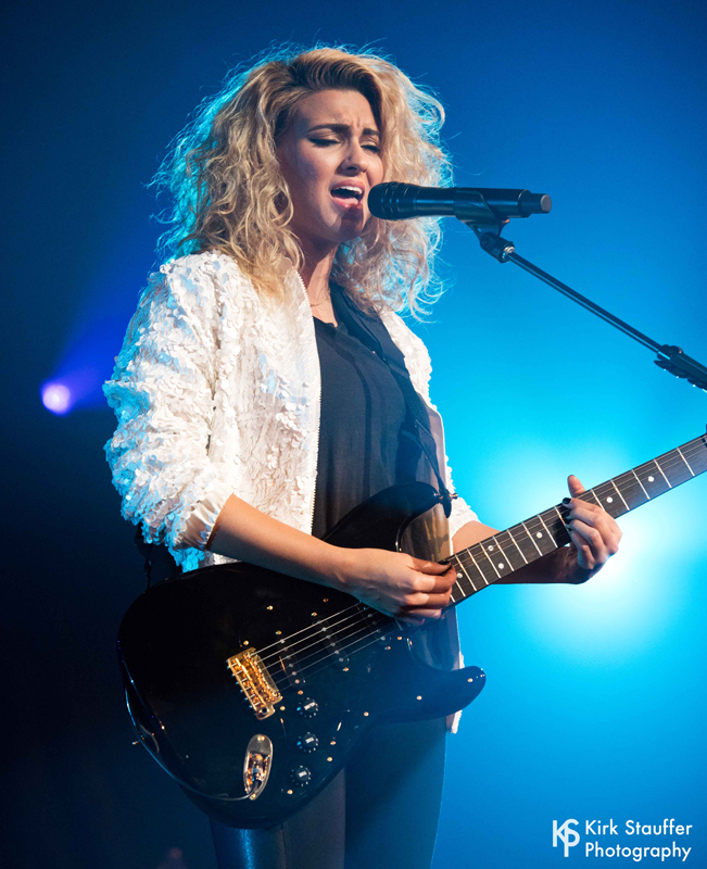 10 ToriKelly ND5_5330-a