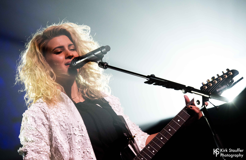13 ToriKelly ND5_5201-a