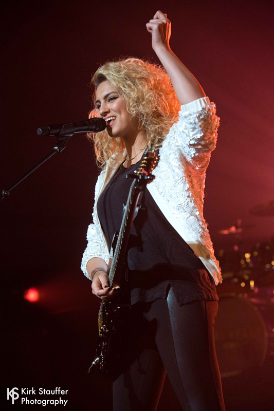 3 ToriKelly ND5_5239-a