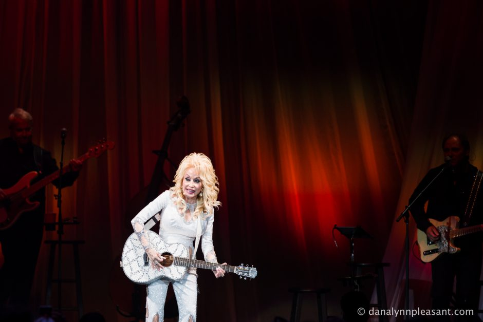 dolly-parton-by-dana-lynn-photo-11