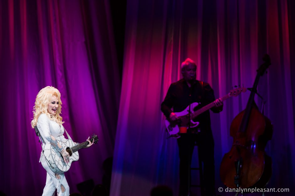 dolly-parton-by-dana-lynn-photo-13