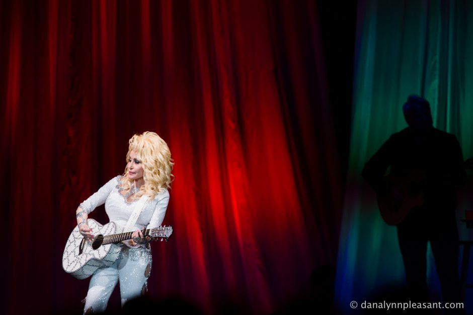 dolly-parton-by-dana-lynn-photo-21