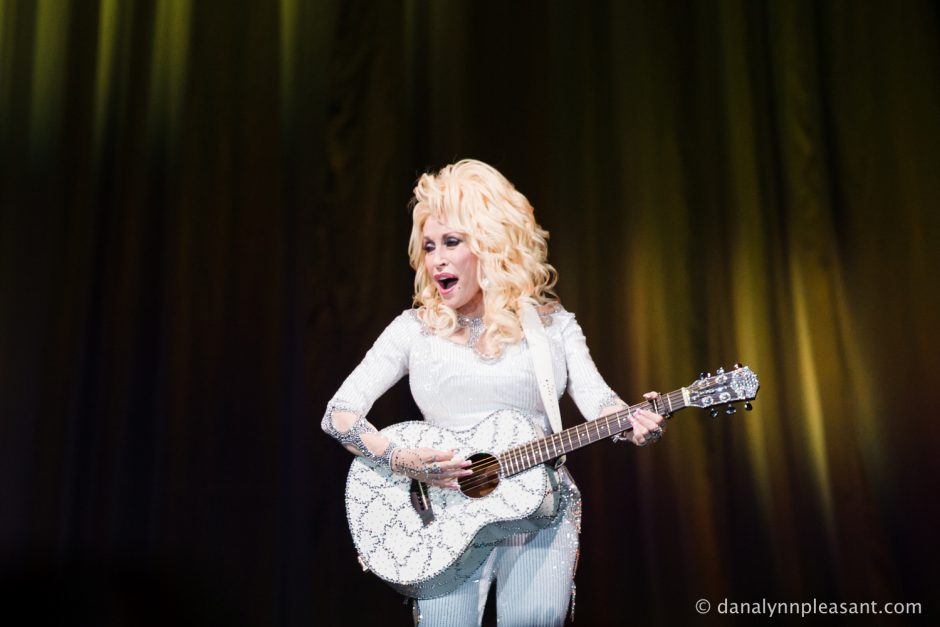 dolly-parton-by-dana-lynn-photo-22