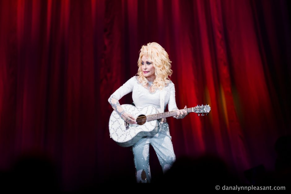 dolly-parton-by-dana-lynn-photo-23