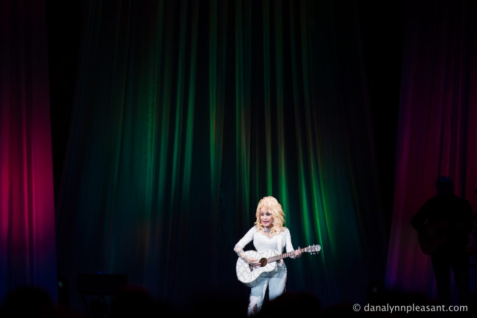 dolly-parton-by-dana-lynn-photo-24
