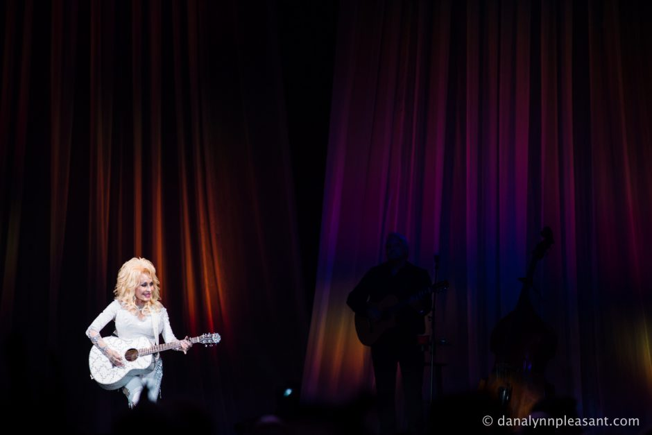 dolly-parton-by-dana-lynn-photo-25