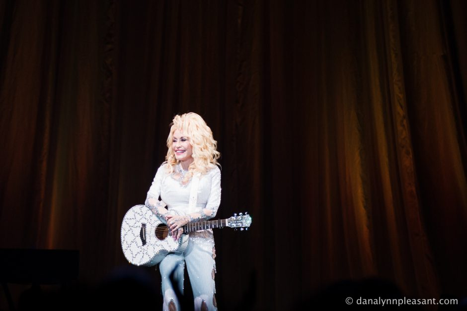 dolly-parton-by-dana-lynn-photo-27