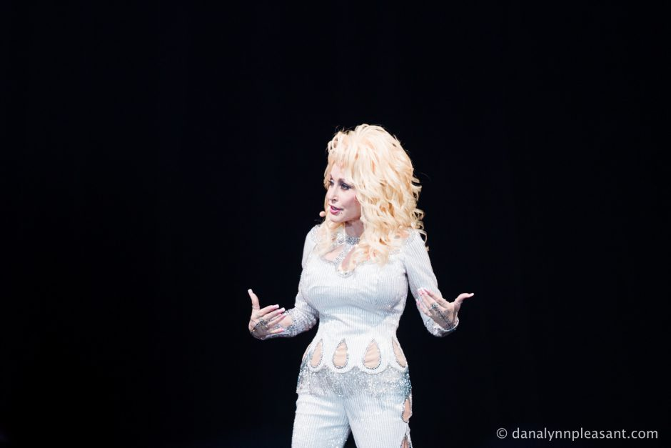 dolly-parton-by-dana-lynn-photo-3