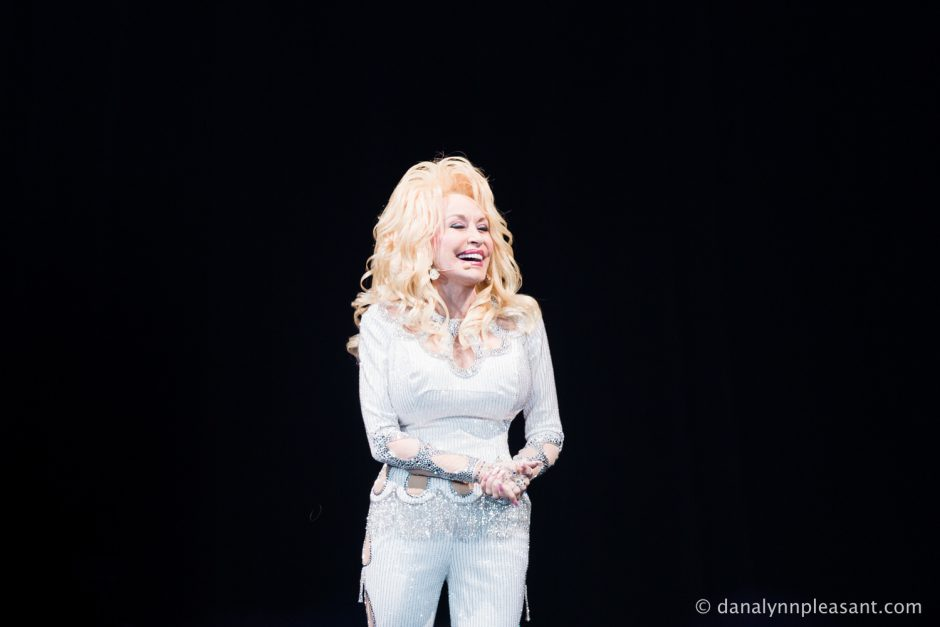 dolly-parton-by-dana-lynn-photo-4