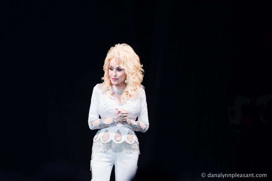 dolly-parton-by-dana-lynn-photo-5